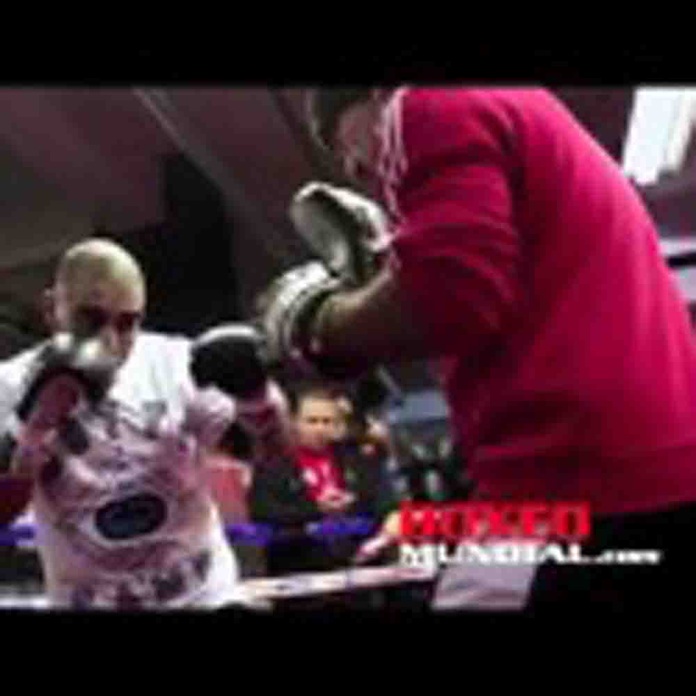 VIDEO: MIGUEL COTTO NY CITY WORKOUT FOR SHOWDOWN