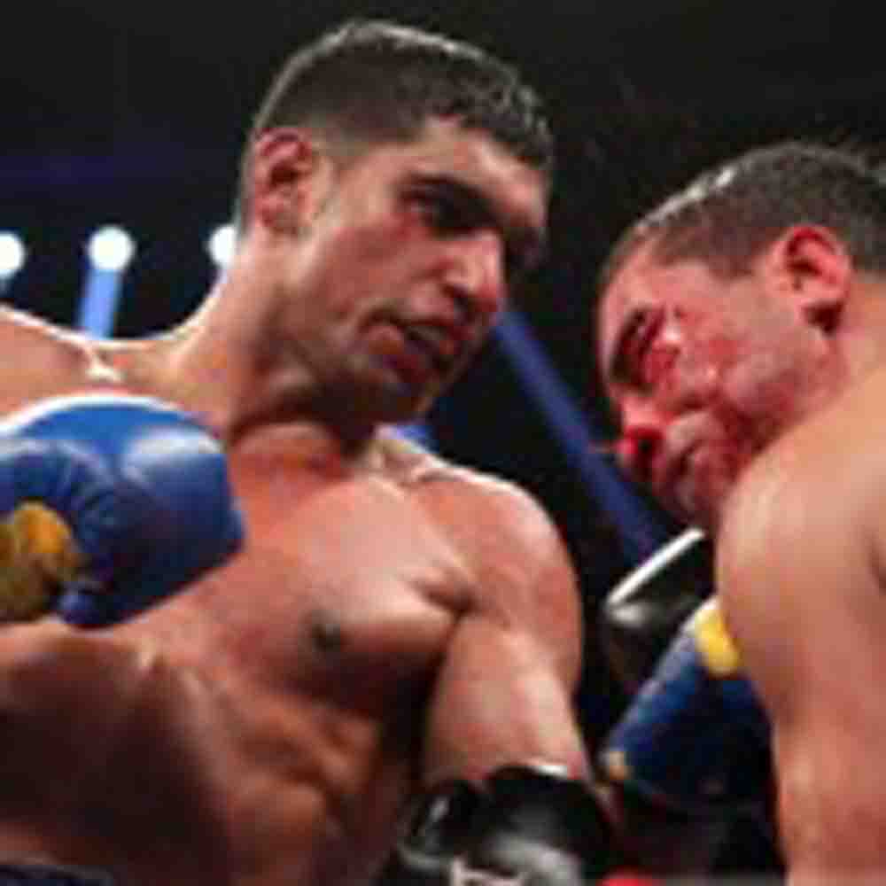 A KING-SIZED VICTORY FOR AMIR KHAN
