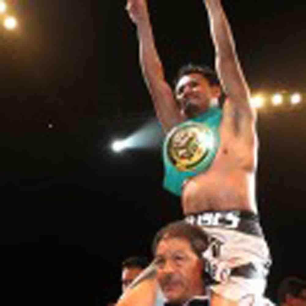 Ulises Lara se agencia el campeonato Cabofe WBC