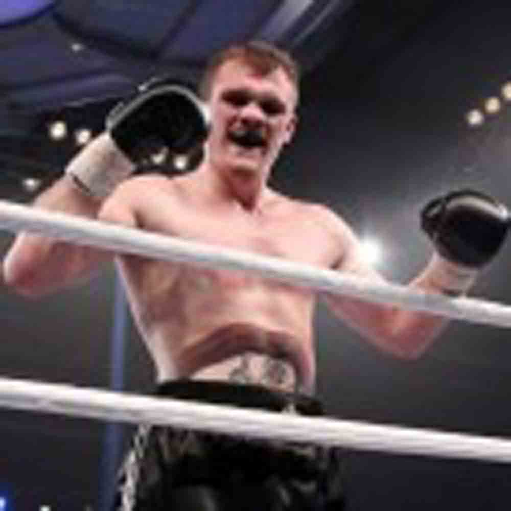 Next title fight in Berlin: Robert Woge gets crack at I.B.F. Intercontinental Strap!