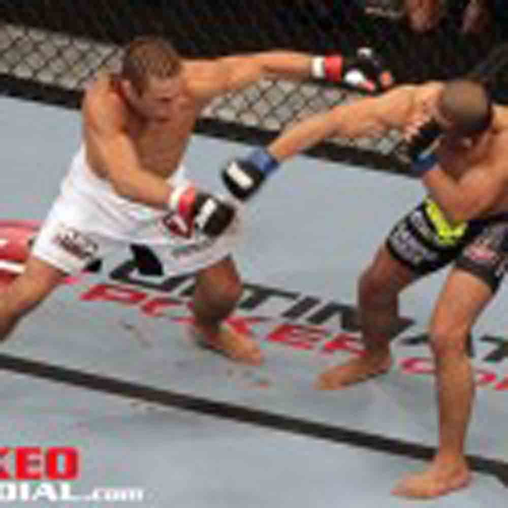 Photos: UFC 157 PPV