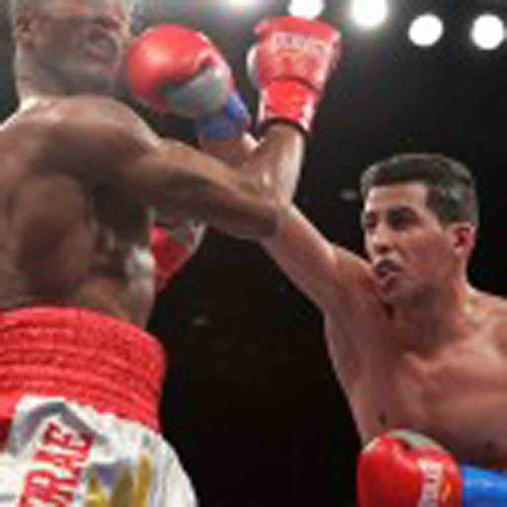 Friday's ShoBox Results/Pics: Centeno Wins Decision; Santos Scores 56-Second KO