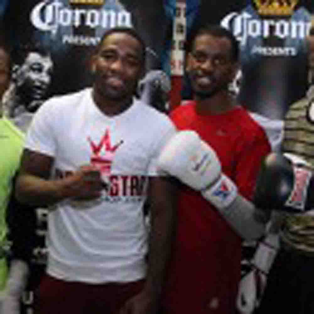 Malignaggi-Broner Sizzle Video and Tuesday's Media Workout Quotes & Photos