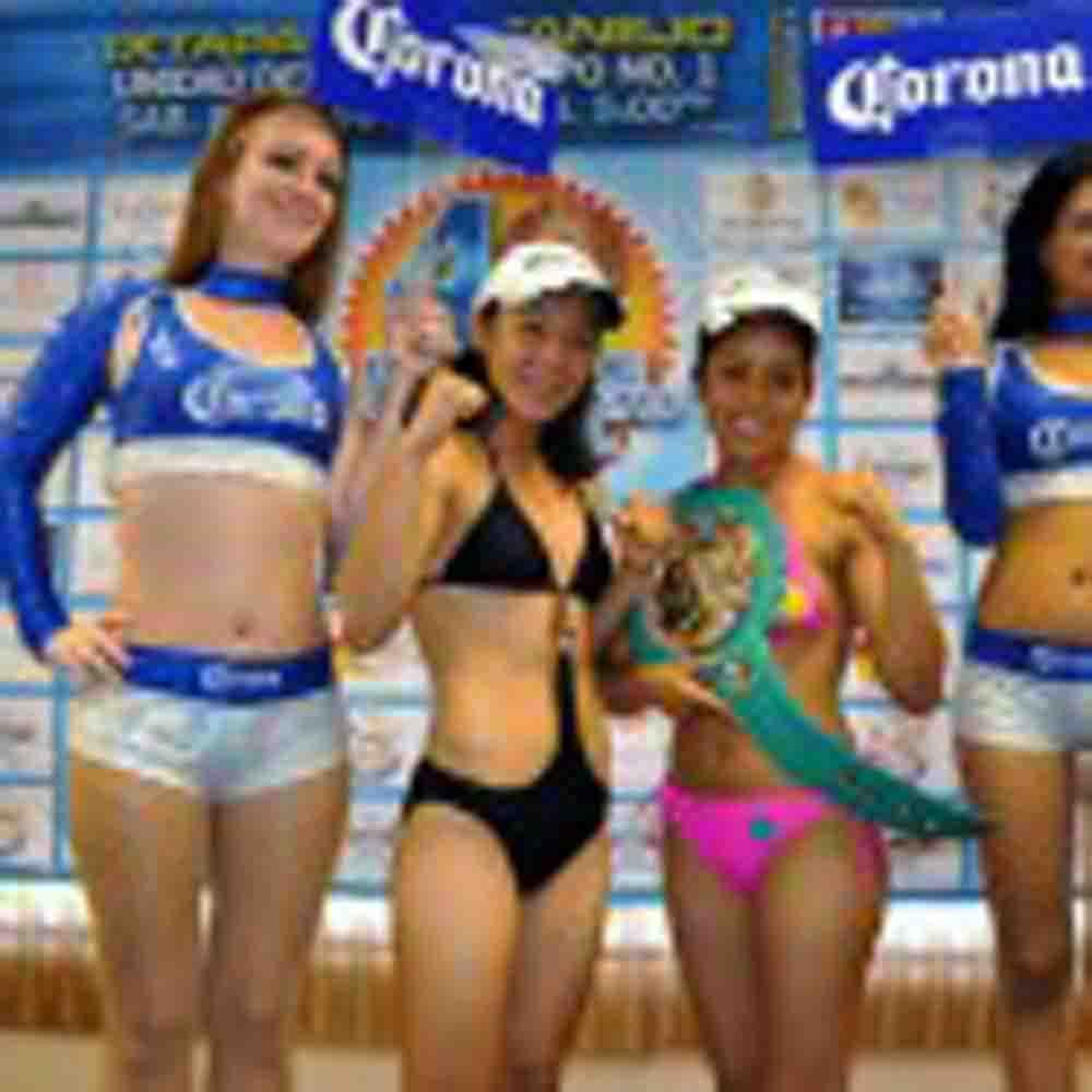 Victoria Arguete y Suri Tapia en peso