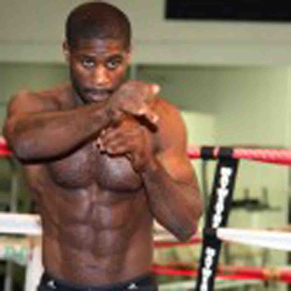 ShoBox & Mayweather Promotions Fighters Ready For Friday