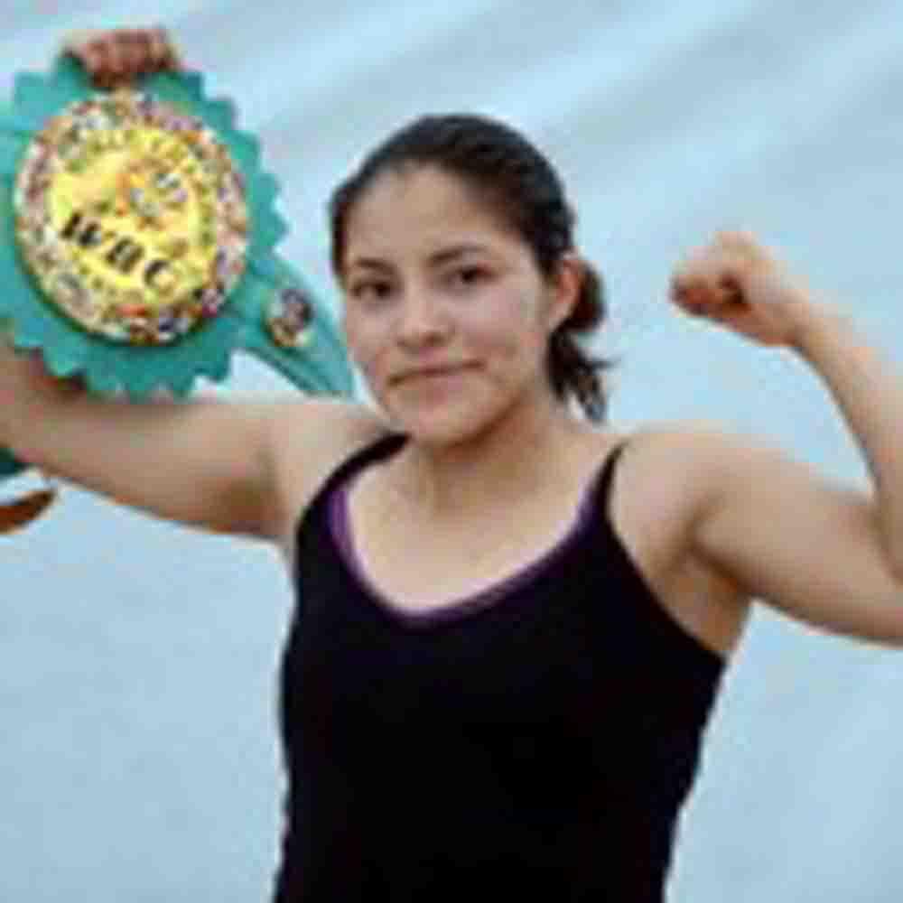 La campeona Zamora está lista para defender el 05/10/13