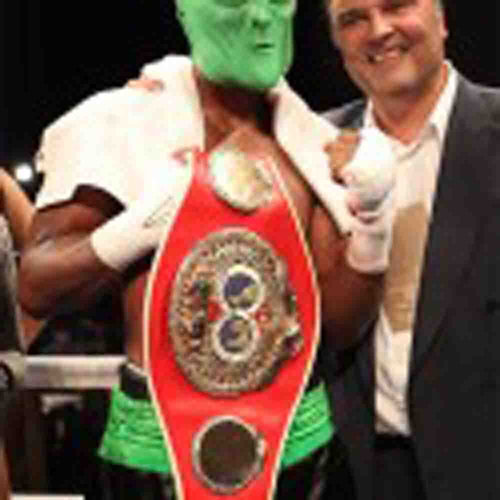 HOPKINS DEFEATS MURAT, RETAILS TITLE AND BREAKS RECORD AS OLDEST FIGHTER TO DEFEND A WORLD CHAMPIONSHIP