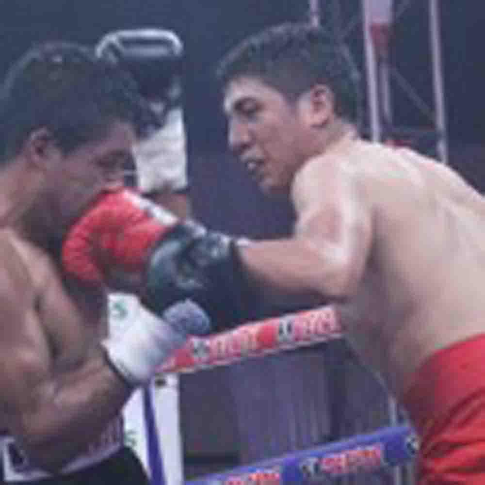 México / Rosales noquea a Mares en 'Campeon Azteca'