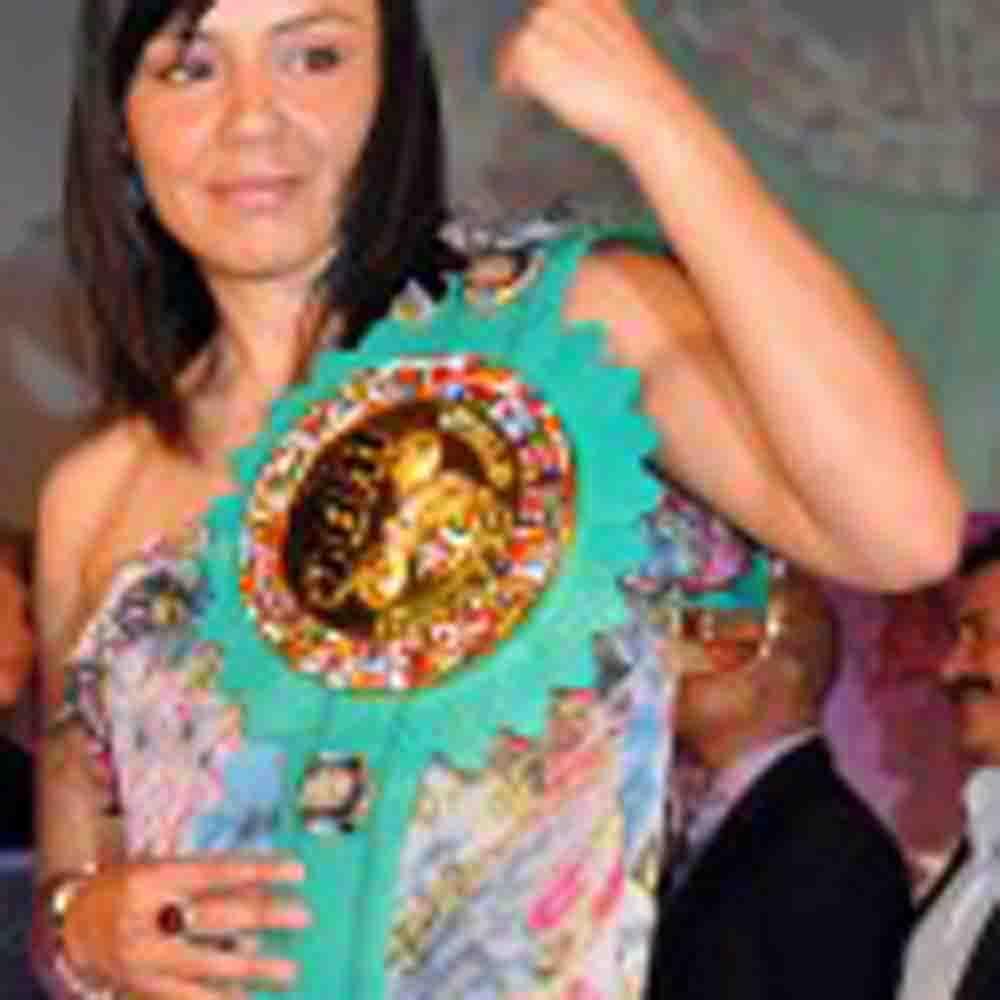 Jackie Nava podría regresar en marzo de 2014