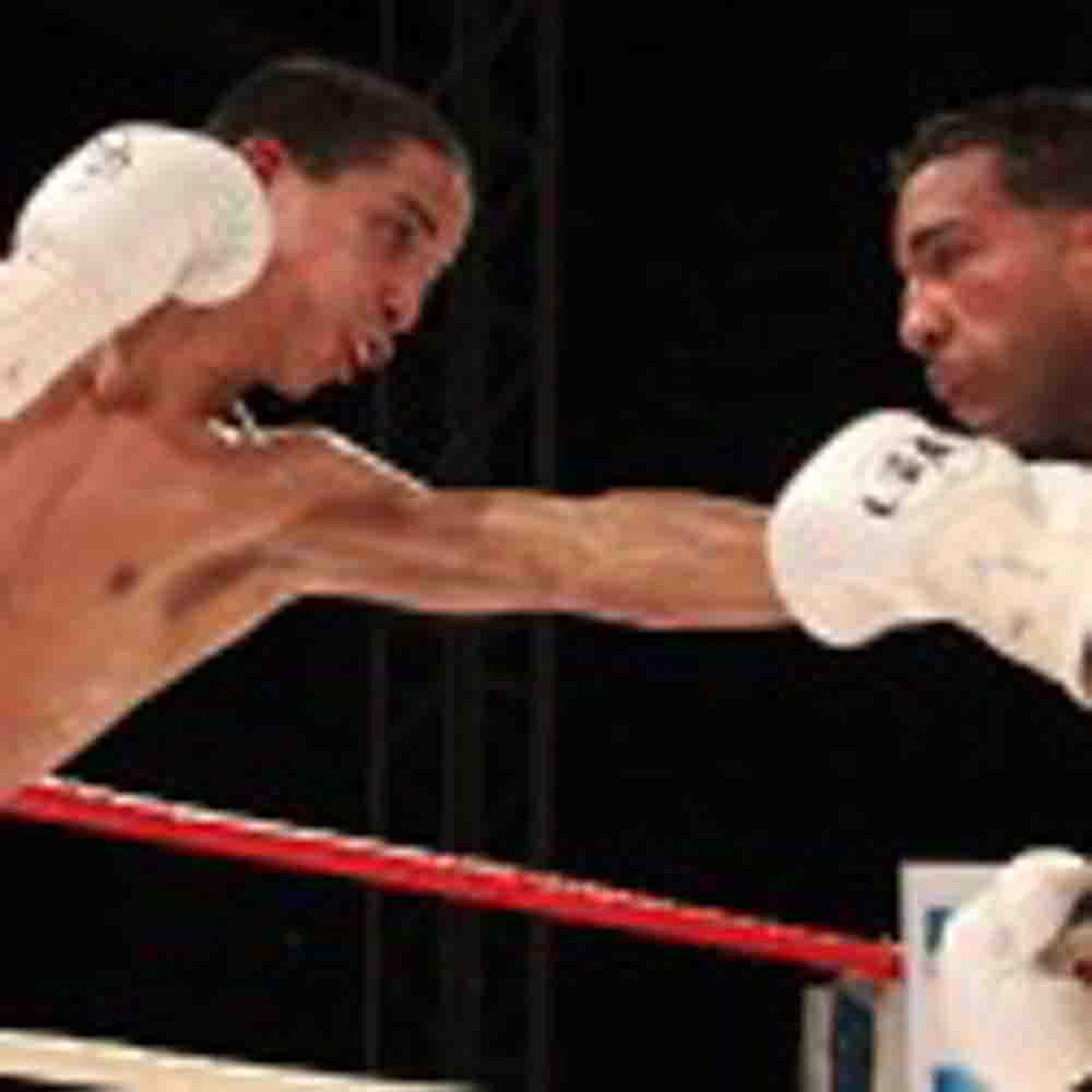 Conserva su invicto el boricua 'Manny' Rodríguez