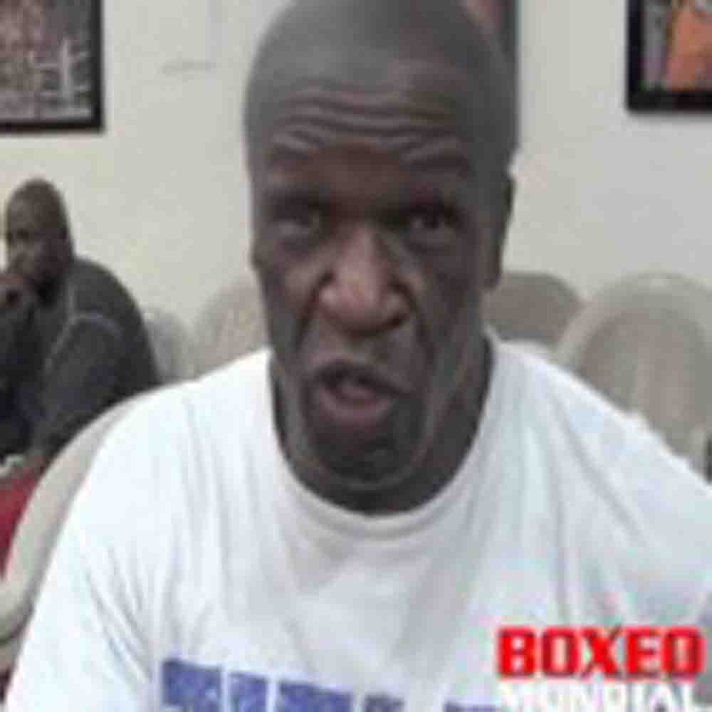 """Video: Mayweather sr. """"To be honest no one can beat Floyd right now, Khan is going to fold like a #$%"""""""